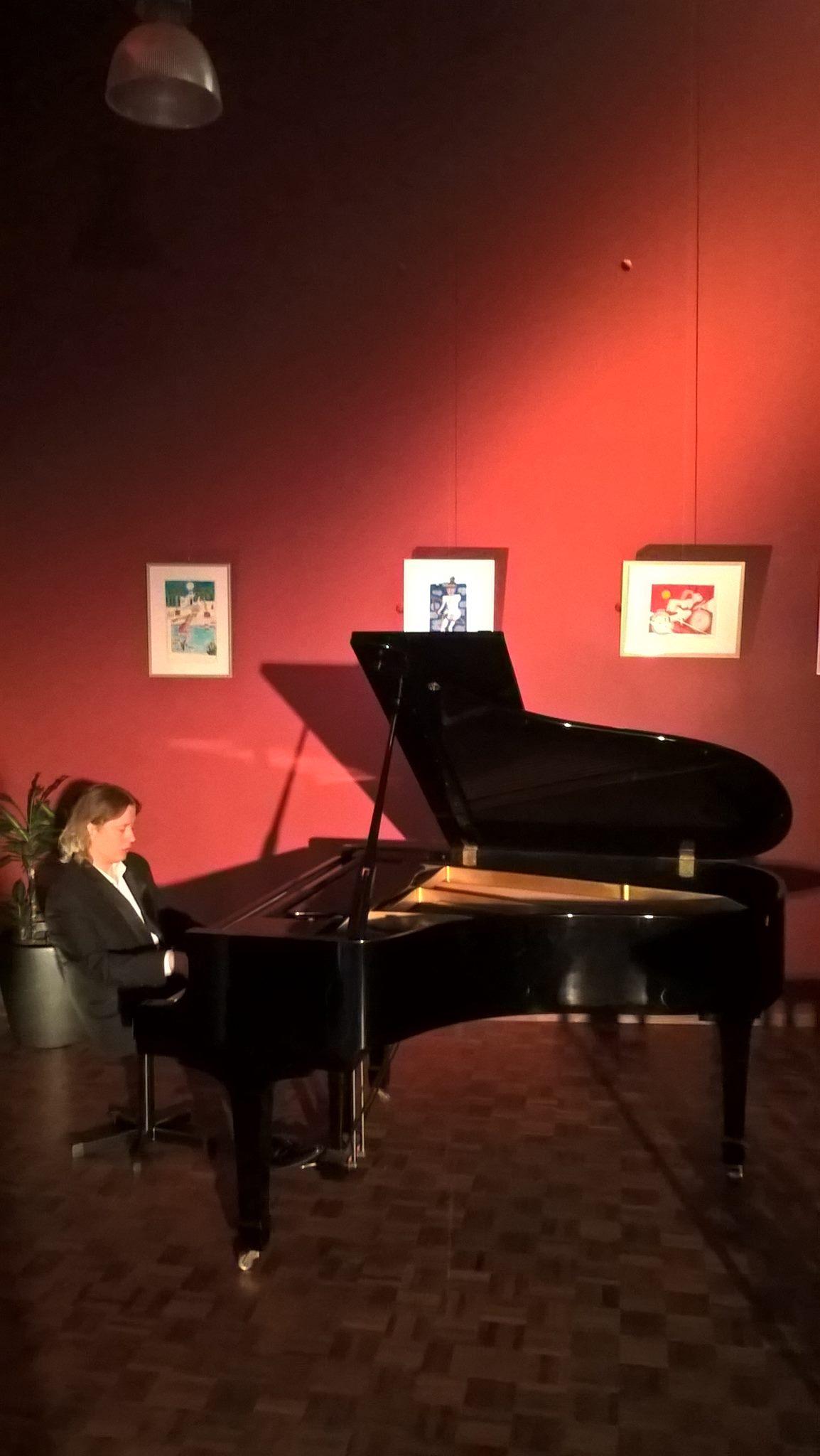 Pianist Thomas Alexander in concert