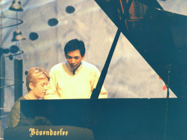 Pianist Thomas Alexander met Wibi Soerjadi