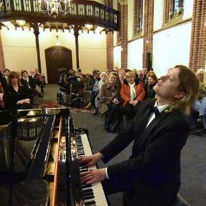 Pianist Leeuwarden, Pianist Leeuwarden boeken