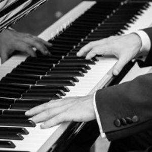 Pianist gezocht, Pianist huren, Pianist boeken bruiloft, Pianist Leiden